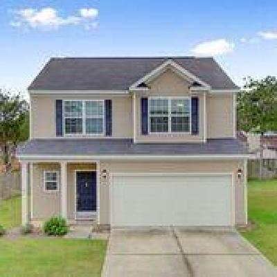 Goose Creek Single Family Home For Sale: 157 Marinella Drive