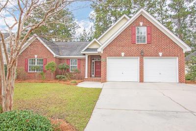 Summerville Single Family Home For Sale: 105 Horseshoe Bay Court