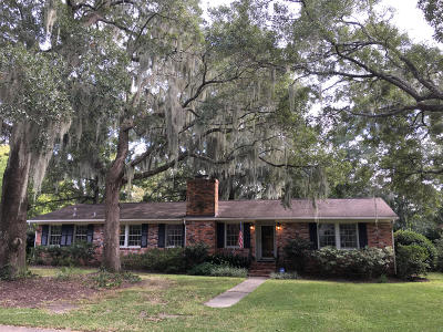 Charleston Single Family Home For Sale: 1209 Kensington Drive