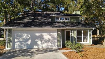 Goose Creek Single Family Home For Sale: 117 Fox Chase Drive