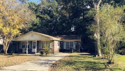 Goose Creek Single Family Home Contingent: 317 Water Oak Drive
