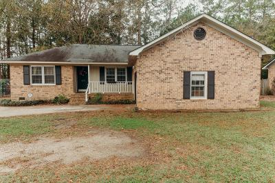 Single Family Home Contingent: 410 Longleaf Drive