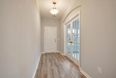 Single Family Home For Sale: 74 Pavilion Street