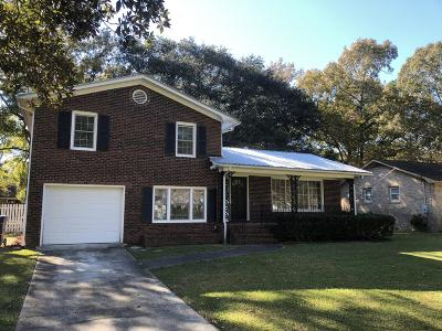 Charleston Single Family Home For Sale: 2639 Elissa Drive