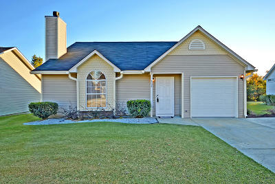 Goose Creek Single Family Home Contingent: 208 Persimmon Circle