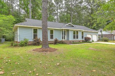 Single Family Home For Sale: 114 Sandtrap Road