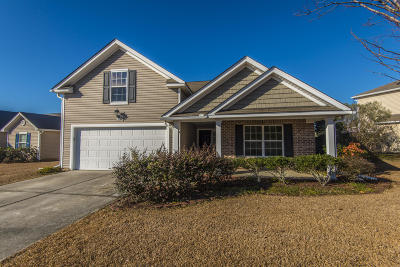Goose Creek Single Family Home For Sale: 145 Mayfield Drive