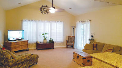 Grand Oaks Plantation Attached For Sale: 1605 Whitby Lane