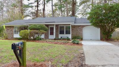 Goose Creek Single Family Home For Sale: 118 Carol Drive