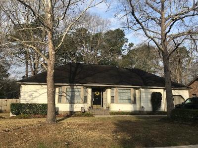 Goose Creek Single Family Home Contingent: 133 Cherry Hill Avenue