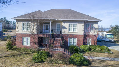 Berkeley County, Charleston County, Colleton County, Dorchester County Single Family Home For Sale: 2050 W Lake Shore Drive