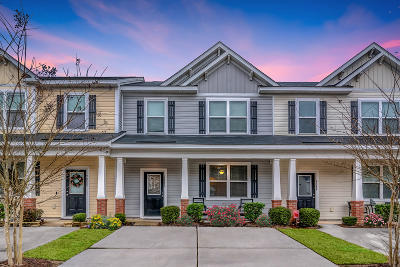 Attached Contingent: 9086 Parlor Drive
