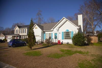 Goose Creek Single Family Home For Sale: 504 Torrington Court