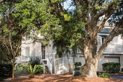Isle Of Palms Attached For Sale: 52 Fairway Dunes Ln