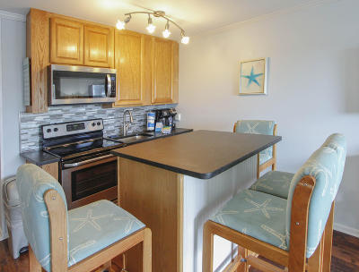 Isle Of Palms Attached For Sale: 1300 Ocean Boulevard #138 C