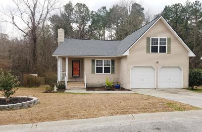 Single Family Home For Sale: 157 Kingsbridge Drive