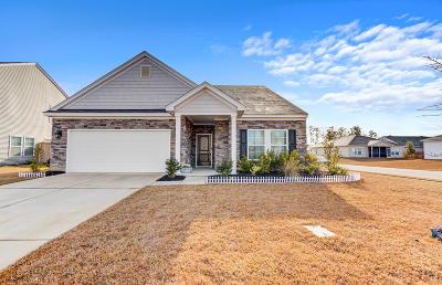 Goose Creek Single Family Home For Sale: 606 Zinnia Drive