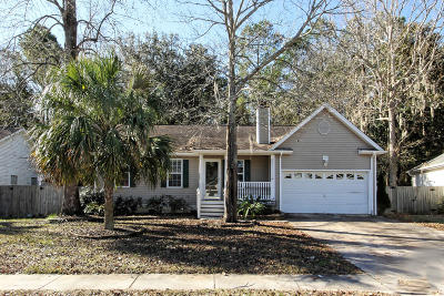 Charleston Single Family Home For Sale: 2229 Asheford Drive