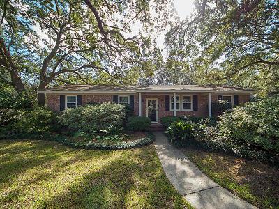 Charleston Single Family Home For Sale: 828 Joey Circle