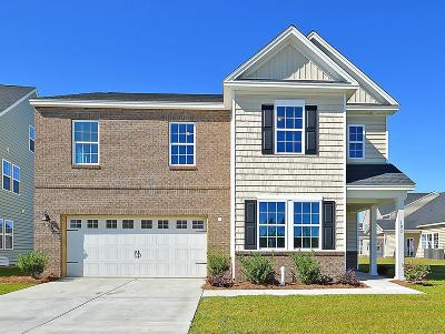 Goose Creek Single Family Home For Sale: 103 Sumac Drive
