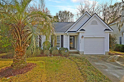 Charleston Single Family Home For Sale: 1932 Treebark Drive