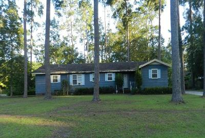Walterboro Single Family Home For Auction: 201 Woodland Terrace Drive