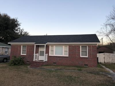 Goose Creek Single Family Home For Sale: 412 Annette Drive