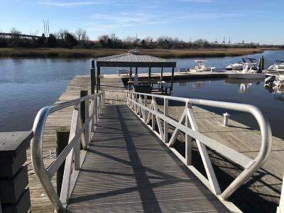 Charleston Boat Slip For Sale: Bay R Bldg 2 Daniel Island Marina #Unit R-4