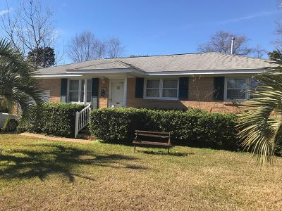 Lighthouse Point Single Family Home Contingent: 1123 Mariner Drive