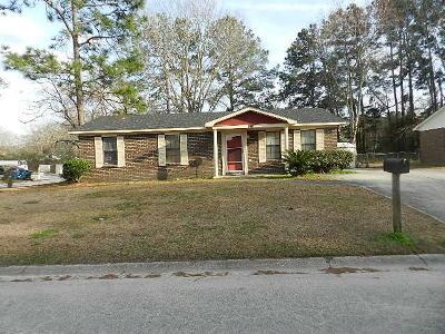North Charleston Single Family Home For Sale: 148 Dorchester Manor Boulevard