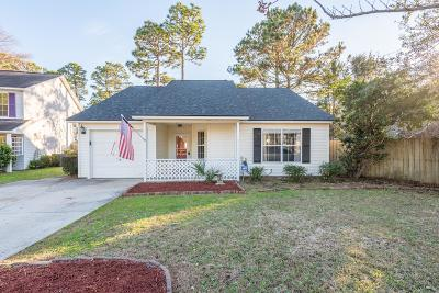 Mount Pleasant Single Family Home Contingent: 1392 Thayer Hall Drive