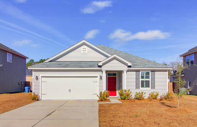 Moncks Corner Single Family Home For Sale: 423 War Admiral Lane