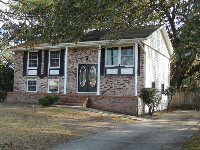Charleston Single Family Home For Sale: 1637 Westway Drive