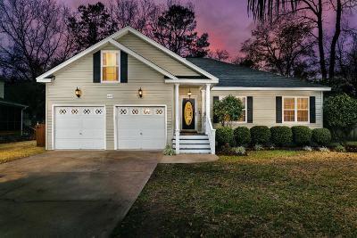 Charleston Single Family Home Contingent: 1007 Five Oaks Court