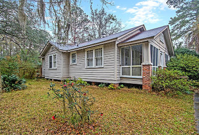 Charleston Single Family Home For Sale: 471 Woodland Shores Road