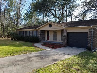 Moncks Corner Single Family Home For Sale: 1330 Dennis Boulevard