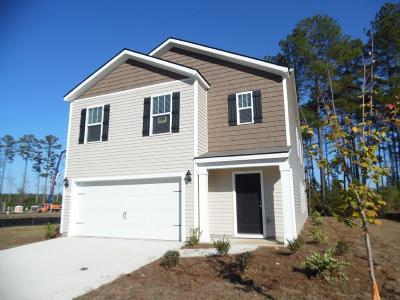 Berkeley County Single Family Home For Sale: 606 Wayton Circle