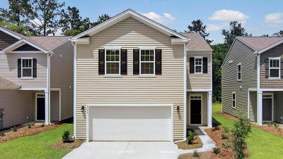 Moncks Corner Single Family Home For Sale: 613 Wayton Circle