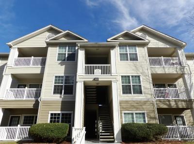 Charleston County Attached For Sale: 700 Daniel Ellis Drive #13304