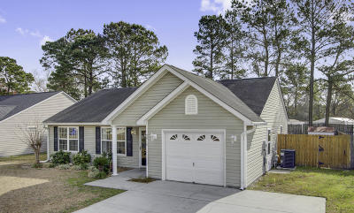 Ladson Single Family Home For Sale: 9910 Levenshall Drive