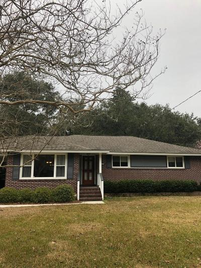 Charleston Single Family Home Contingent: 1111 Southgate Drive