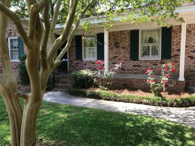 Charleston Single Family Home For Sale: 737 Leafwood Road