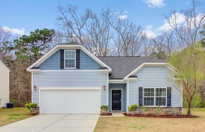 Goose Creek Single Family Home For Sale: 121 Vango Drive