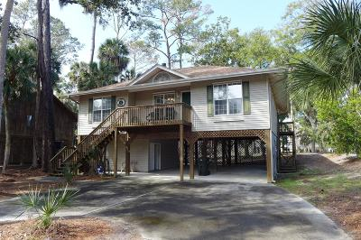 Edisto Beach Single Family Home For Sale: 4 Gun Bluff Road