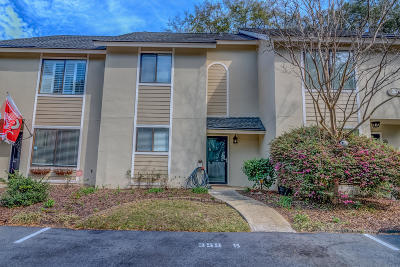 Mount Pleasant SC Attached For Sale: $340,000