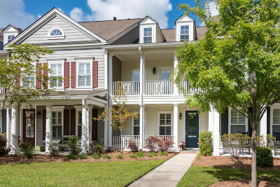 Mount Pleasant SC Attached For Sale: $380,000