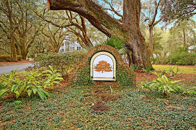 Charleston County Attached For Sale: 60 Fenwick Hall Allee #912