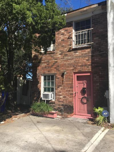 Attached Contingent: 128 Drake Street