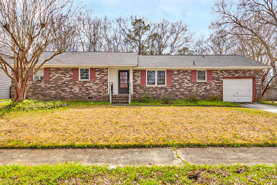 North Charleston Single Family Home Contingent: 2812 Haverhill Cir