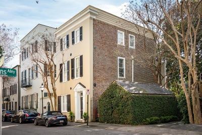 Single Family Home For Sale: 13 Tradd Street